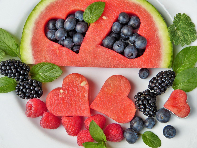 Czy warto stosować suplementy diety?